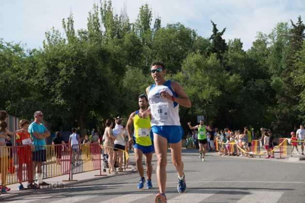 """Fotografías de llegadas a meta en 40 Carrera Popular """"Villa de Herencia"""" 211"""