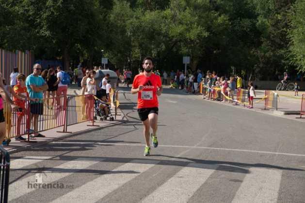 """Fotografías de llegadas a meta en 40 Carrera Popular """"Villa de Herencia"""" 223"""