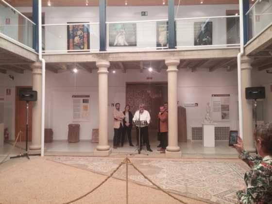 02Exposicion La vision narrativa de Francisco Arraez y Valentin Romero 1 560x420 - Exposición de escultura y pintura de Francisco Arráez y Valentín Romero
