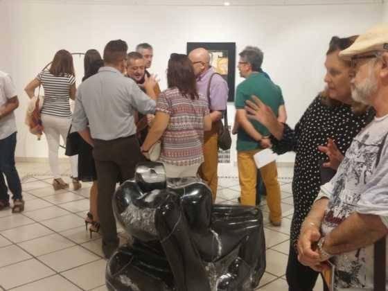 18Exposicion La vision narrativa de Francisco Arraez y Valentin Romero 560x420 - Exposición de escultura y pintura de Francisco Arráez y Valentín Romero