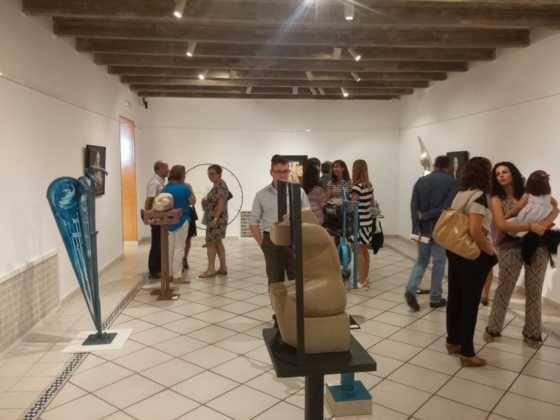 34Exposicion La vision narrativa de Francisco Arraez y Valentin Romero 560x420 - Exposición de escultura y pintura de Francisco Arráez y Valentín Romero
