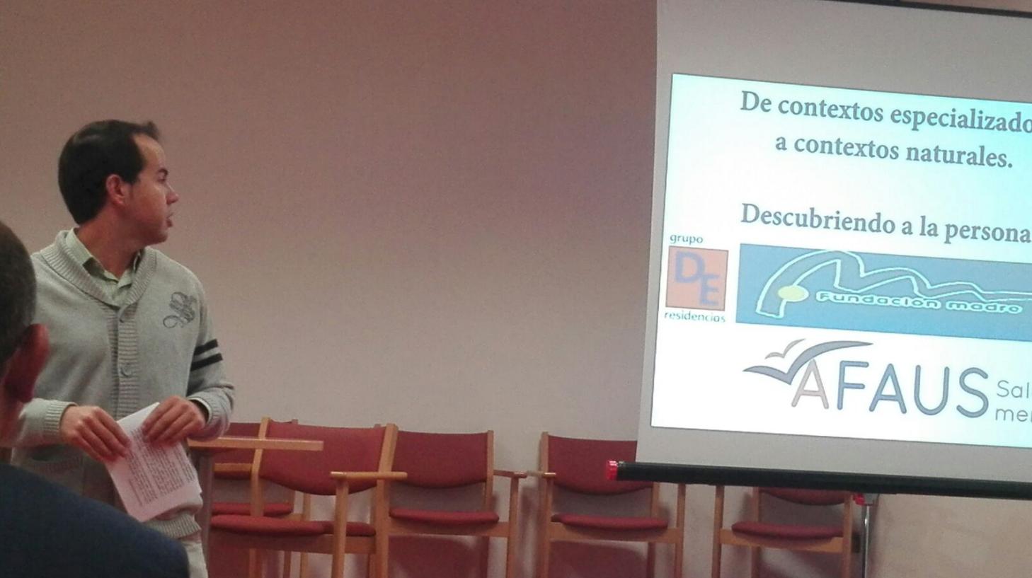 alcalde hablando para mejorar enfermos mentales - Herencia y Alcázar de San Juan juntos para mejorar los recursos para enfermos mentales