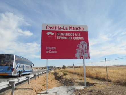 nuevos carteles entrada a castilla la mancha provincia de cuenca 443x332 - Nuevos carteles para dar la bienvenida a Castilla-La Mancha