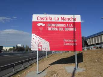 nuevos carteles entrada a castilla la mancha provincia de guadalajara 342x256 - Nuevos carteles para dar la bienvenida a Castilla-La Mancha