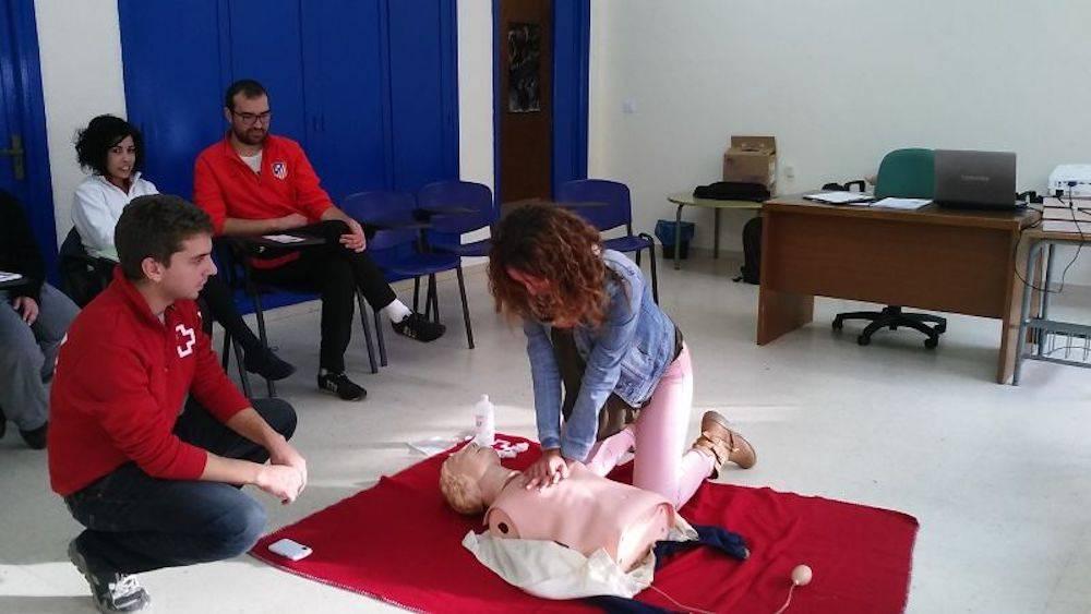 taller primeros auxilios en herencia 1 - Segunda sesión del Taller de Primeros Auxilios impartido por Cruz Roja