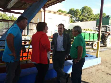 Visita a las instalaciones de la Cooperativa San José en Herencia 1