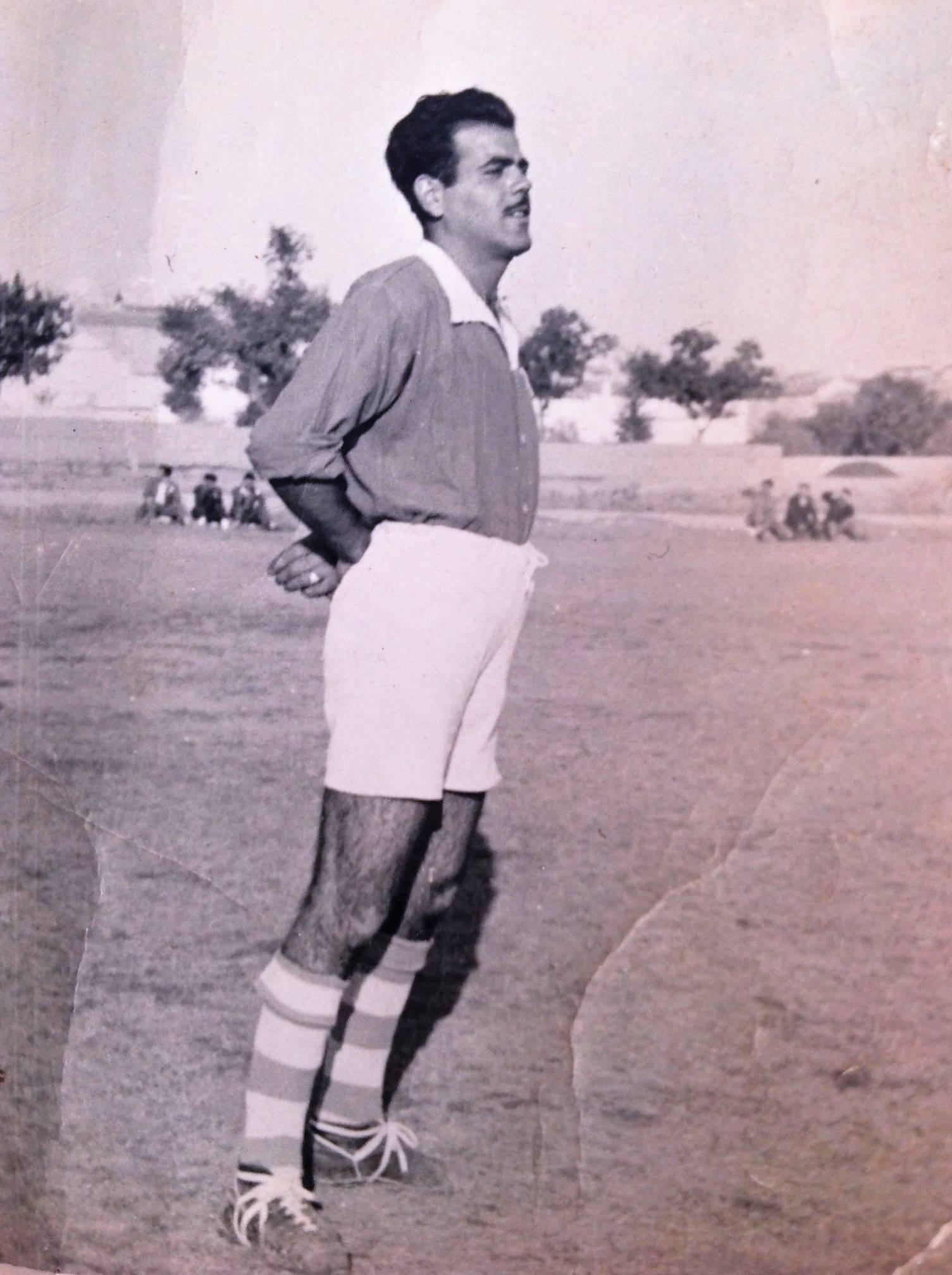 Fotografía de Pablo Rodríguez, unos años después militando en el Herencia C.F. que jugaría en 3ª División.