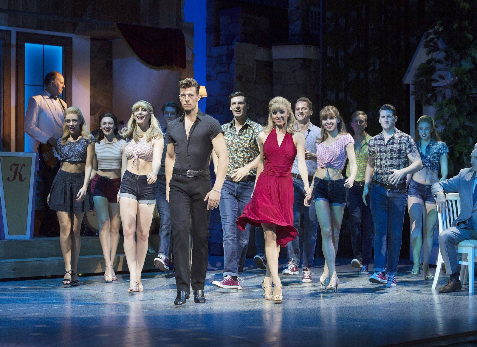 Actores de teatro Dirty Dancing. Fotografía de la web oficial de la obra.