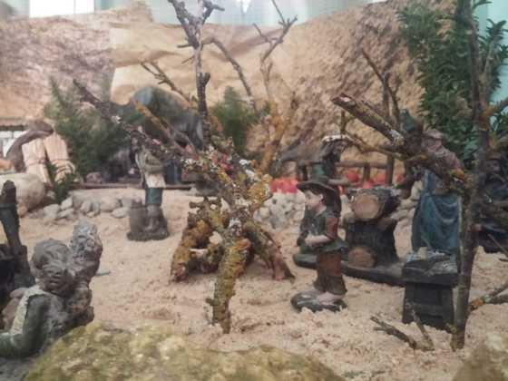 Belen Jesus Gomez Calcerrada11 560x420 - Galería de imágenes de la II Muestra de belenes de Herencia