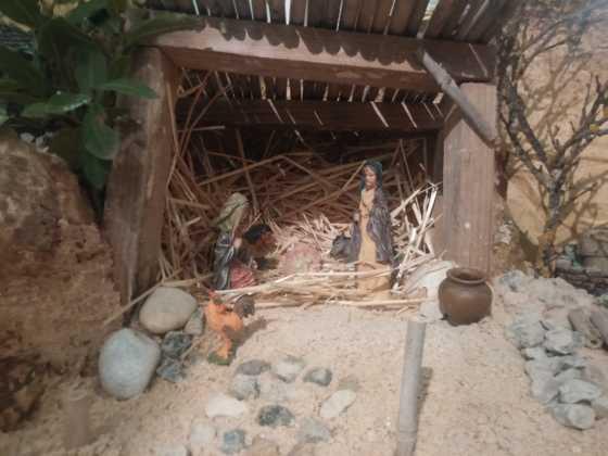Belen Jesus Gomez Calcerrada13 560x420 - Galería de imágenes de la II Muestra de belenes de Herencia