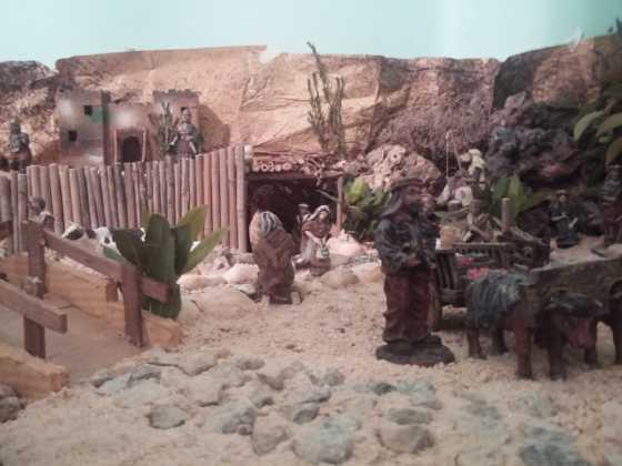 Belen Jesus Gomez Calcerrada5 560x420 - Galería de imágenes de la II Muestra de belenes de Herencia