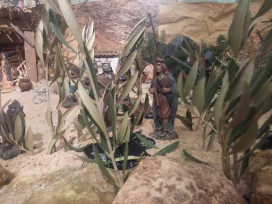 Belen Jesus Gomez Calcerrada9 560x420 - Galería de imágenes de la II Muestra de belenes de Herencia