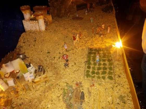 Belen Pedro Cobos 2 560x420 - Galería de imágenes de la II Muestra de belenes de Herencia