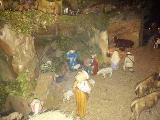 Belen de Ascension Diaz Raseron 5 560x420 - Galería de imágenes de la II Muestra de belenes de Herencia
