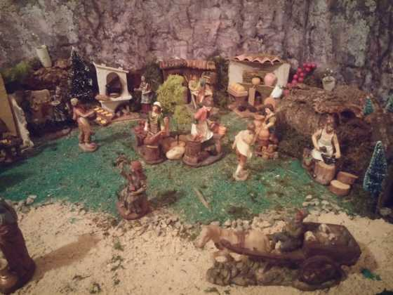 Belen de Inmaculada Martin3 560x420 - Galería de imágenes de la II Muestra de belenes de Herencia