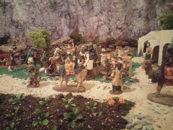 Belen de Inmaculada Martin4 560x420 - Galería de imágenes de la II Muestra de belenes de Herencia