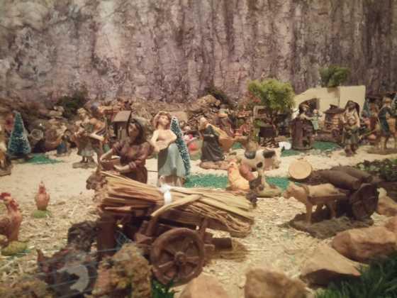 Belen de Inmaculada Martin8 560x420 - Galería de imágenes de la II Muestra de belenes de Herencia