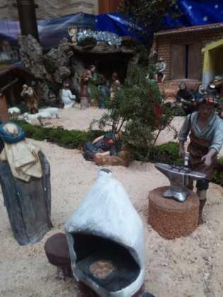 Belen de Josefa en el ayuntamiento11 315x420 - Galería de imágenes de la II Muestra de belenes de Herencia
