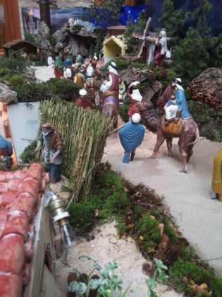 Belen de Josefa en el ayuntamiento9 315x420 - Galería de imágenes de la II Muestra de belenes de Herencia