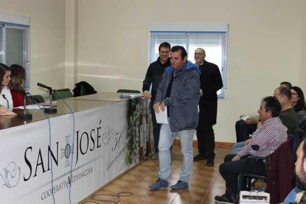IV concurso de vinos mistelas arropes en Herencia 10 630x420 - Entrega de Premios en el IV Concurso de vinos, mistelas y arropes tradicionales