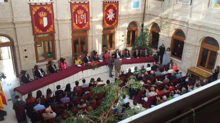 acto dia constitucion 2016 en herencia 3 747x420 - Celebrado el Día de la Constitución de Herencia