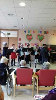 Visitas musicales en las residencias de Herencia por Navidad 2