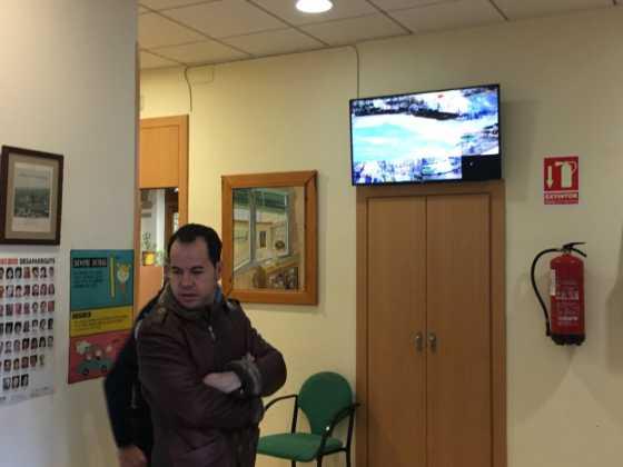 El alcalde conoce el sistema de cámaras que vigilan Herencia 1