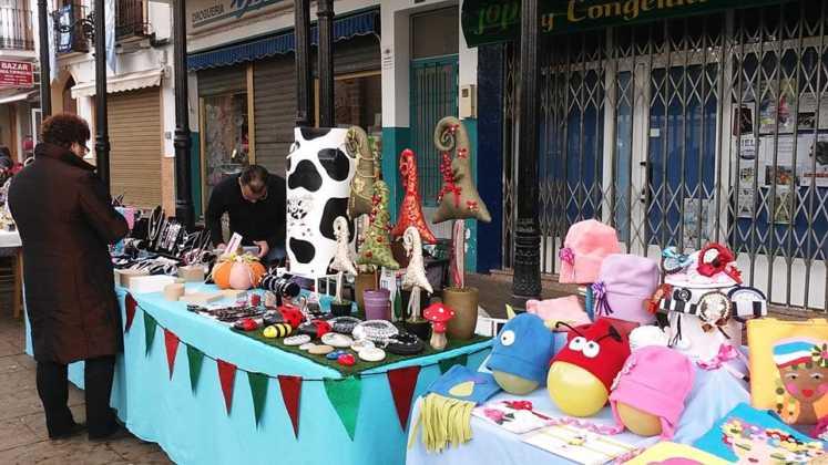 compras en la calle y manualidades en herencia 2 747x420 - El Festival de las compras en la calle cambia de día por el tiempo
