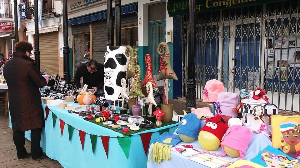compras en la calle y manualidades en herencia 2 - El Festival de las compras en la calle cambia de día por el tiempo