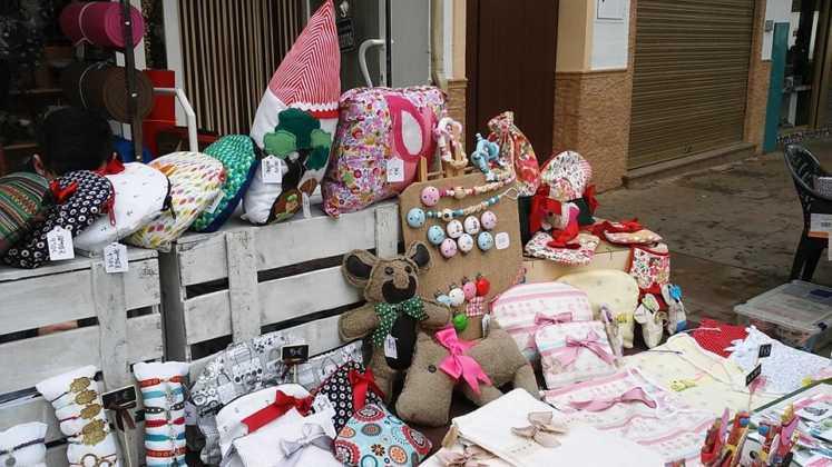 compras en la calle y manualidades en herencia 4 747x420 - El Festival de las compras en la calle cambia de día por el tiempo