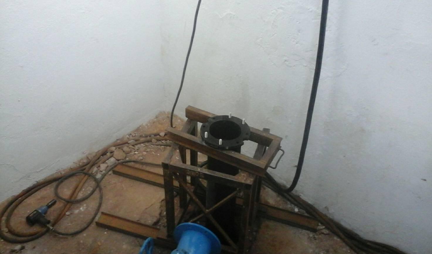 instalando bomba de captacion de palancas - Instalación de segunda bomba de agua para garantizar suministro local