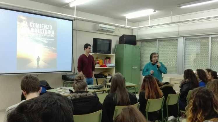"""Presentación de la novela """"El comienzo de la victoria"""" 4"""