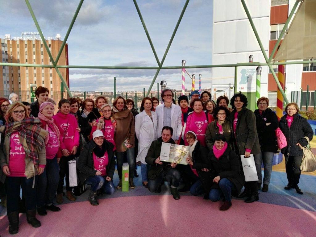 Supernenas en Madrid 13 - Las supernenas llevan la alegría a dos hospitales de Madrid