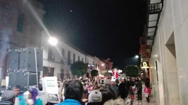 cabalgata de reyes magos fotos ayunto herencia 14 749x420 - Los Reyes Magos pasan por Herencia repartiendo ilusión