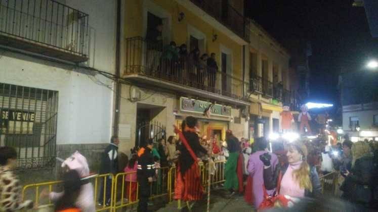Los Reyes Magos pasan por Herencia repartiendo ilusión 1