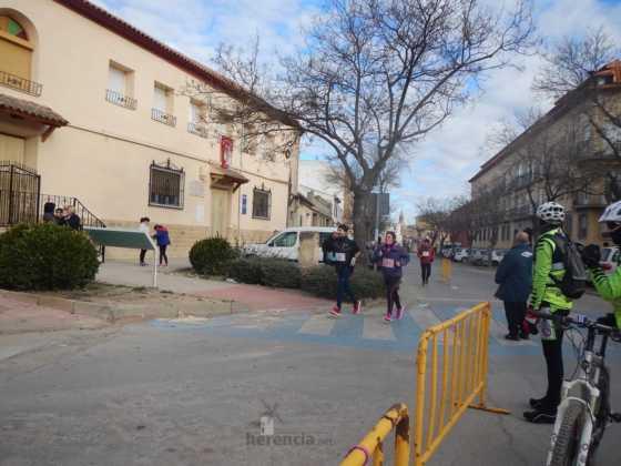 carrera popular 2017 san anton 5 560x420 - Fotografías de la Carrera popular de San Antón contra el cáncer