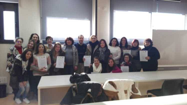 """Entrega de los diplomas del curso de """"Atención sociosanitaria a personas en instituciones"""" 14"""