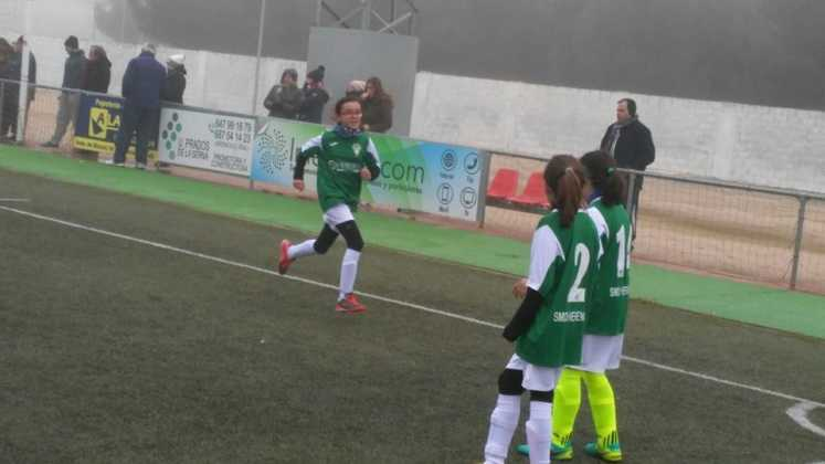 Fotografías del Torneo de Fútbol-8 Femenino 9