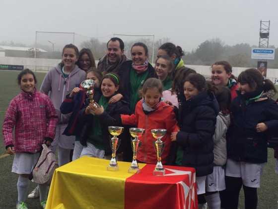 Fotografías del Torneo de Fútbol-8 Femenino 14