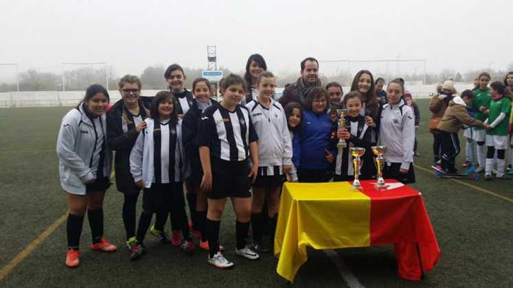 Fotografías del Torneo de Fútbol-8 Femenino 16