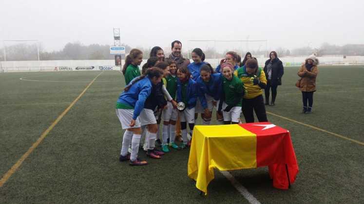 Fotografías del Torneo de Fútbol-8 Femenino 17