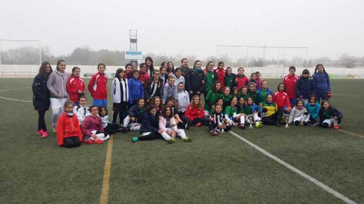 Fotografías del Torneo de Fútbol-8 Femenino 1