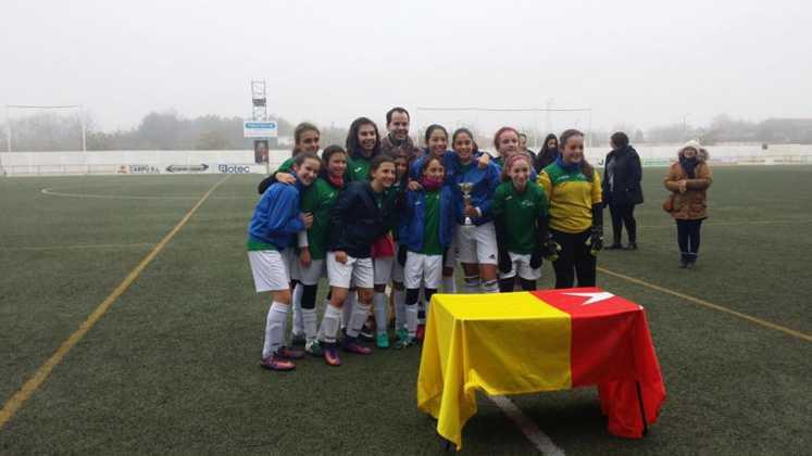 Fotografías del Torneo de Fútbol-8 Femenino 18
