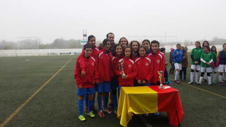 Fotografías del Torneo de Fútbol-8 Femenino 21