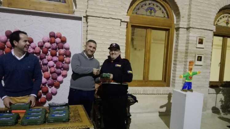 Viveros Ferca colabora con Protección Civil de Herencia donando linternas 13