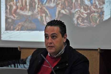 Alberto Monteagudo charla carnaval 465x311 - Alberto Monteagudo reivindica la recuperación de los signos religiosos perdidos del Carnaval de Herencia