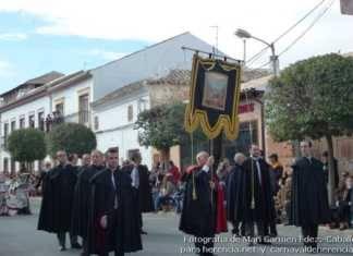 Estandarte de Ánimas durante el Ofertorio de Herencia (19)