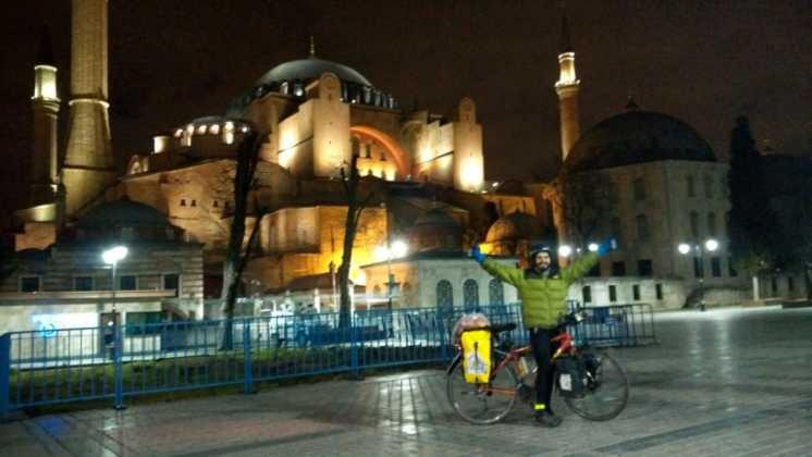 Perlé entrando en Turquía,el continente asiático se presenta ante nuestro caballero 18