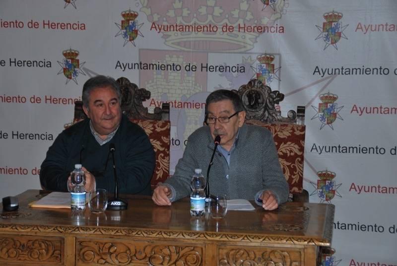José Roselló y Tomás Berrio ensalzan la declaración de Interés Turístico del Carnaval de Herencia hace tres décadas 6