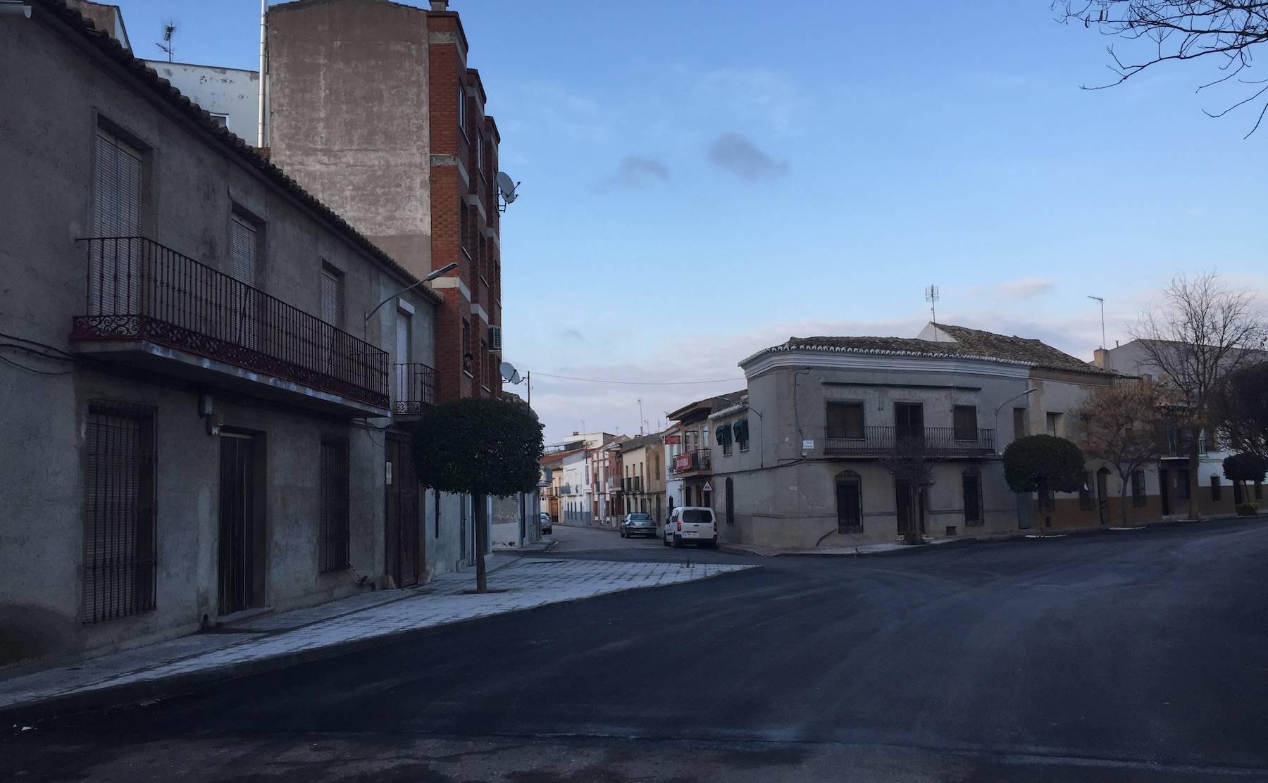 calle cruces herencia - Finalizada la remodelación de la intersección de calle Cruces